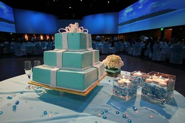 Wedding cake at Infinity Park Event Center